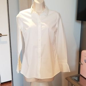 White button down w/pleated cuffs